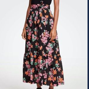 Ann Taylor Black Floral Belted Skirt 00 Petite XS